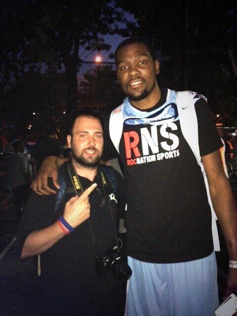Tenemos la gran suerte de poder entrar en los vestuarios de la NBA con Antonio Gil de Gigantes para que nos explique historias inéditas